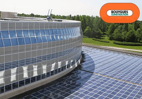 chantier-bouygues-installation-restaurant-panneaux-solaire-hybrides-dualsun