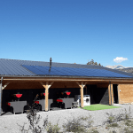photo-installation-panneaux-solaire-hybrides-camping-veynes-3